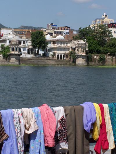 Colada de colores en Udaipur