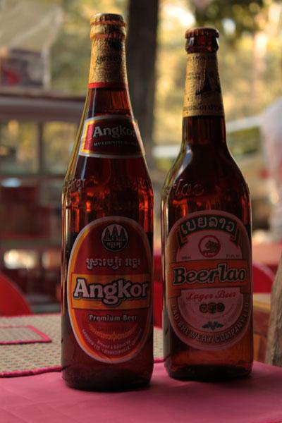 Cervezas Angkor y Beerlao