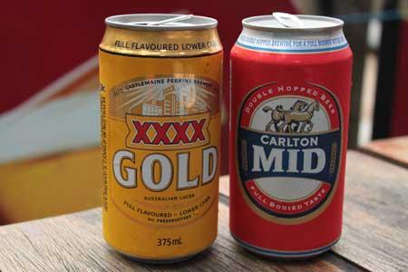 Cervezas Carlton Mid y XXXX Gold