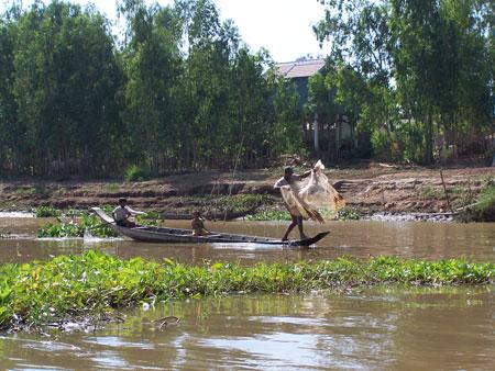 Navegando hacia Camboya