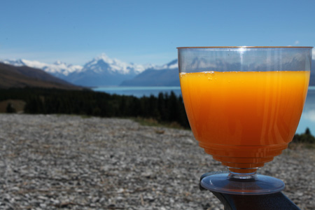 Almorzando frente al Monte Cook