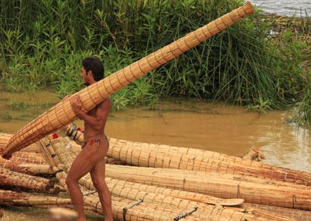 Competición de canoas rapanui