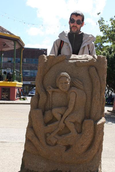 Dos trasgos en Castro (Chiloé)