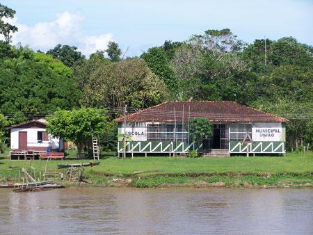 Vida en las márgenes del Amazonas