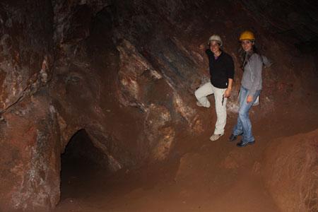 Explorando la mina de Chico Rei